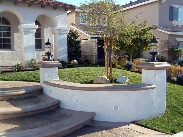 Smith landscape wall pilaster photos for Stucco garden wall designs